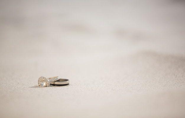 ring med diamanter i